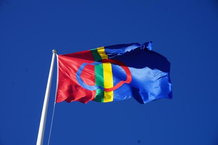 1.Sami Flag